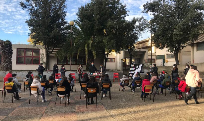 Una biblioteca di classe per l'Istituto di San Donato e per la scuola di via Forlanini